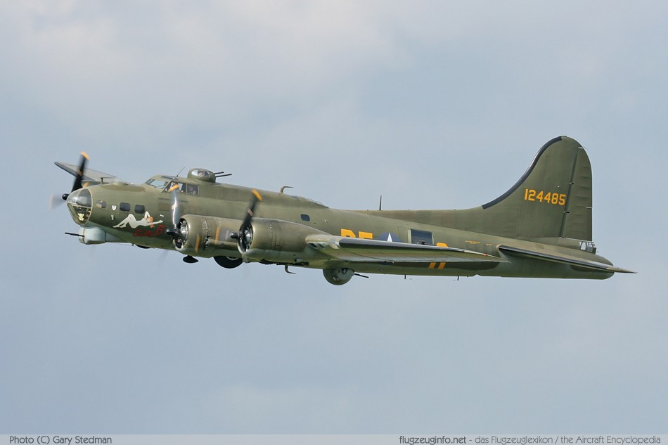 Boeing B-17 Flying Fortress (Model 299) - Specifications ...