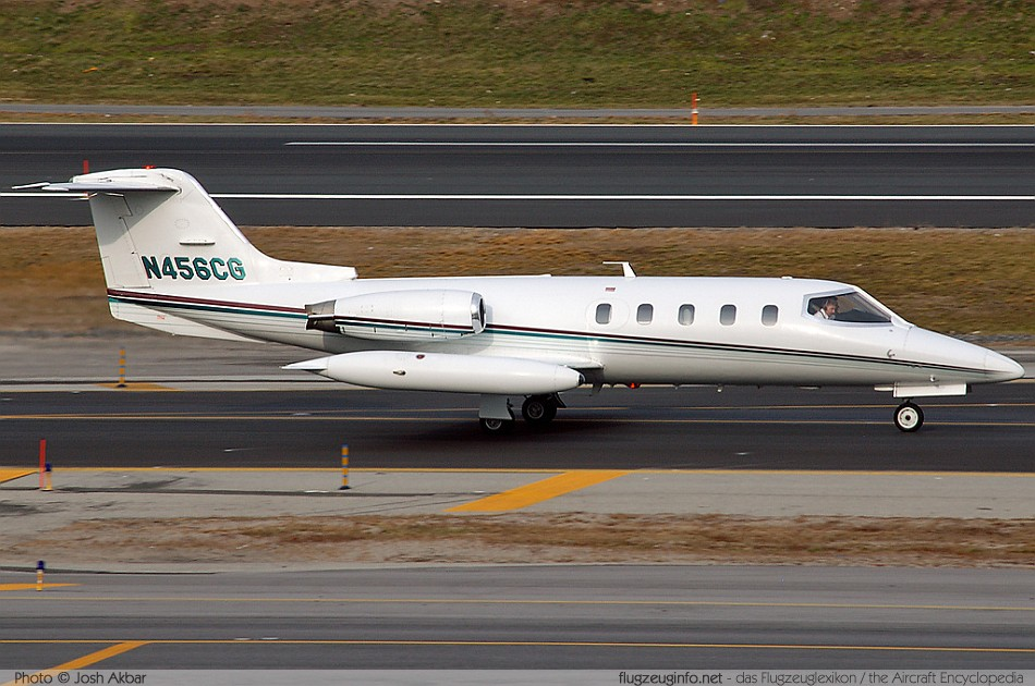 Learjet 25 Startup, Taxi and Takeoff - YouTube