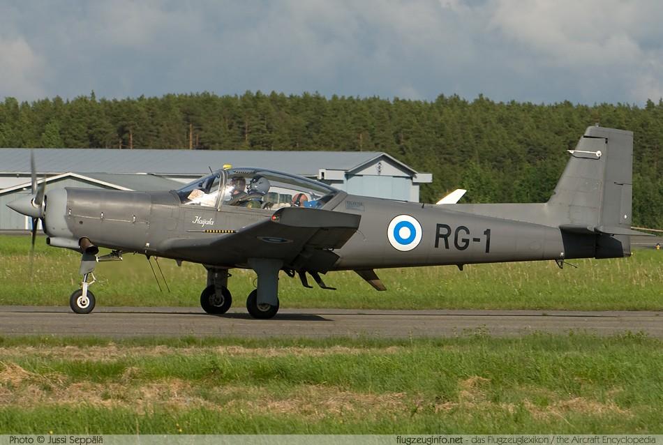 Extraoficial!! Aterrizaje forzoso de una Aeronave de la Naval Valmetl90tp_jussisepala