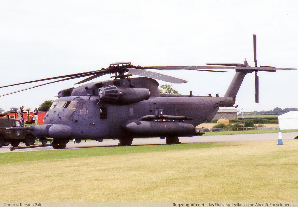 Sikorsky MH-53M Pave Low IV United States Air Force (USAF) 73-1649 65-387 Royal International Air Tattoo 2001 Royal Air Force Station Cottesmore (EGXJ) 2001-07-27 � Karsten Palt, ID 11463
