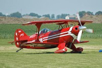 Pitts (Aerotek) S-2S Special Split Image Aerobatic Team N156CB 3011 Oostwold Airport Airshow 2009 Oostwold - Groningen Airport (EHOW) 2009-06-01, Photo by: Karsten Palt