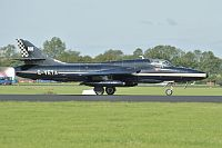 Hawker Hunter T.7 Privat / Team Viper G-VETA 41H/693751 Luchtmachtdagen 2011 Leeuwarden (EHLW / LHW) 2011-09-16, Photo by: Karsten Palt