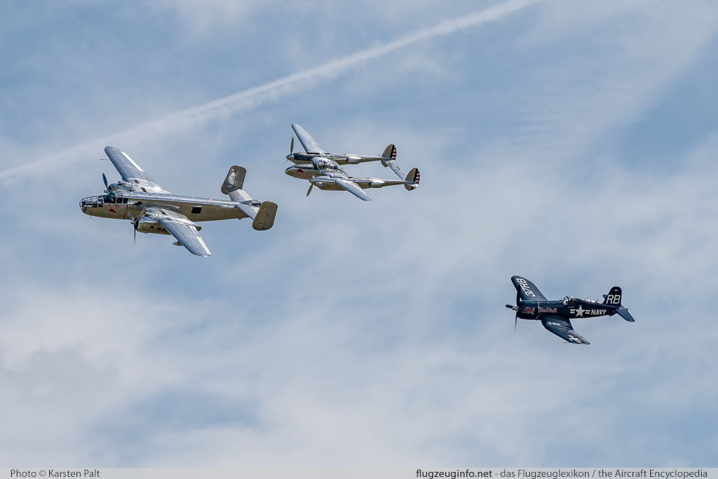 Flying Legends 2016 Duxford Aerodrome (EGSU / QFO) 2016-07-10 � Karsten Palt, ID 13041
