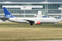 Boeing 737-883 SAS Scandinavian Airline System LN-RCY 28324 / 767  Frankfurt am Main (EDDF / FRA) 2009-09-03, Photo by: Karsten Palt