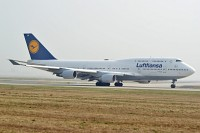 Boeing 747-430 Lufthansa D-ABVN 26427 / 915  Frankfurt am Main (EDDF / FRA) 2009-04-05, Photo by: Karsten Palt