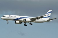 Boeing 757-258 El Al Israel Airlines 4X-EBU 26053 / 529  Frankfurt am Main (EDDF / FRA) 2009-09-06, Photo by: Karsten Palt