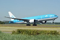 Boeing 777-206ER KLM - Royal Dutch Airlines PH-BQC 29397 / 461  Amsterdam-Schiphol (EHAM / AMS) 2009-06-23, Photo by: Karsten Palt
