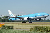 Boeing 777-206ER, KLM - Royal Dutch Airlines, PH-BQH, c/n 32705 / 493,� Karsten Palt, 2009