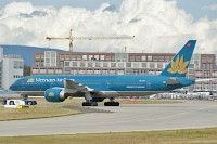 Boeing 777-2Q8ER Vietnam Airlines VN-A141 28688 / 436  Frankfurt am Main (EDDF / FRA) 2009-09-03, Photo by: Karsten Palt
