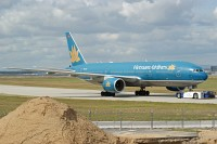 Boeing 777-26KER Vietnam Airlines VN-A145 33504 / 491  Frankfurt am Main (EDDF / FRA) 2009-09-06, Photo by: Karsten Palt