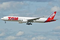 Boeing 777-32WER TAM Airlines PT-MUC 37666 / 740  Frankfurt am Main (EDDF / FRA) 2009-09-03, Photo by: Karsten Palt