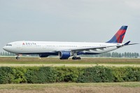 Airbus A330-323X Delta Air Lines N802NW 533  Amsterdam-Schiphol (EHAM / AMS) 2009-06-27, Photo by: Karsten Palt