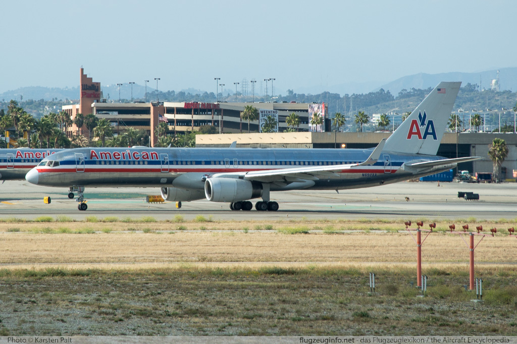 Boeing 757-223 (wl) American Airlines N692AA 26972 / 578  LAX International Airport (KLAX / LAX) 2015-06-05 � Karsten Palt, ID 11529