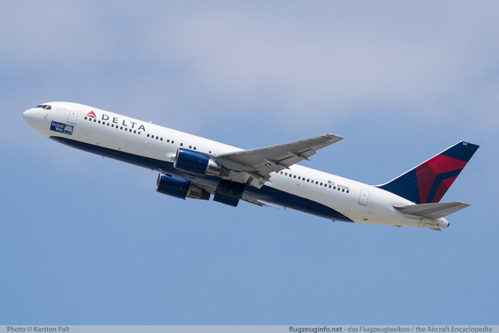 Boeing 767-332 Delta Air Lines N139DL 25984 / 427  LAX International Airport (KLAX / LAX) 2015-06-05 � Karsten Palt, ID 11532