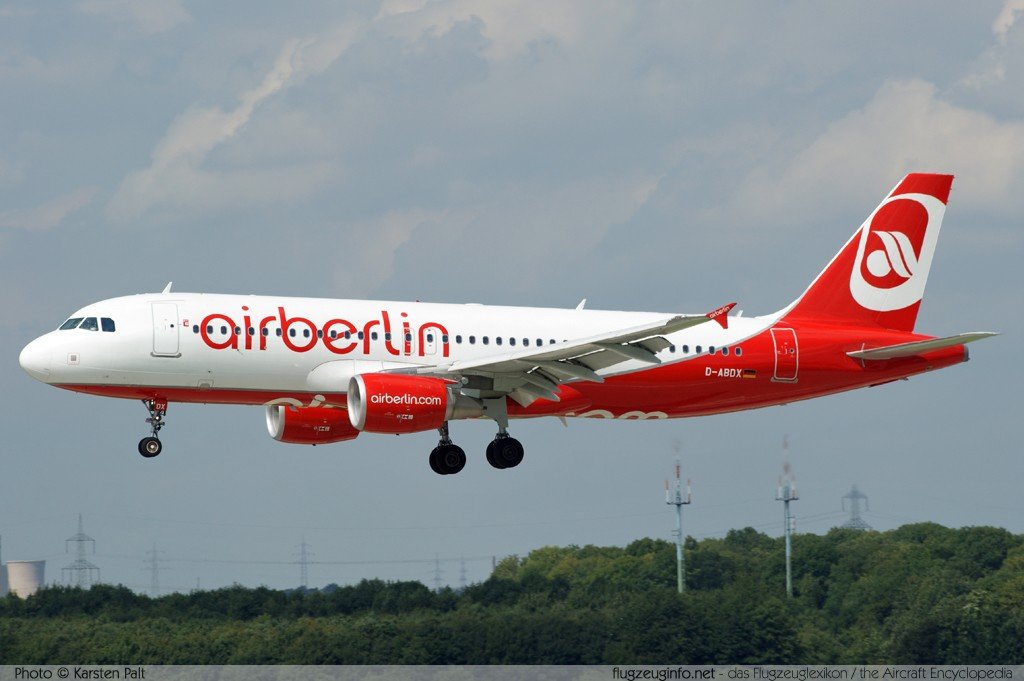 Airbus A320-214 Air Berlin D-ABDX 3995  Düsseldorf International (EDDL / DUS) 2010-08-21 � Karsten Palt, ID 4058