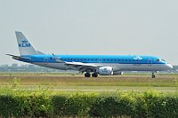 EMBRAER ERJ190 (ERJ-190-100STD) KLM Cityhopper PH-EZI 1900322  Amsterdam-Schiphol (EHAM / AMS) 2010-06-28, Photo by: Karsten Palt