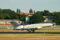 Bombardier BD-700-1A11 Global 5000 Comlux Malta 9H-AFR 9249  Berlin-Tegel (EDDT / TXL) 2009-07-15, Photo by: Mike Vallentin