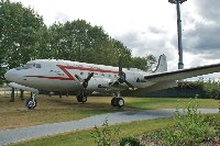 Douglas C-54E Skymaster (DC-4) United States Air Force (USAF) 44-9063 27289 Luftbrückendenkmal / Berlin Airlift Memorial Frankfurt am Main (EDDF / FRA) 2009-09-03, Photo by: Karsten Palt
