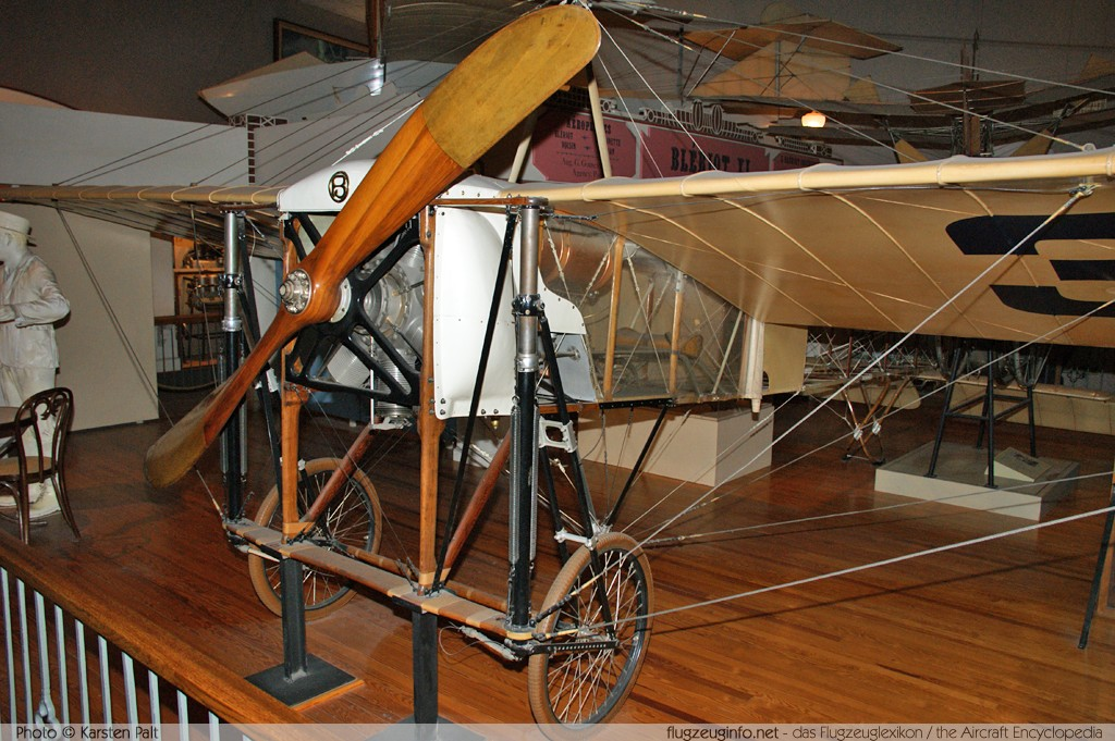 Bleriot Bleriot XI    National Air and Space Museum Washington, DC 2014-05-28 � Karsten Palt, ID 10131