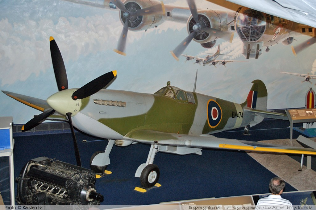 Supermarine Spitfire F.MkVIIc (F7C) Royal Air Force EN474 6S/171652 National Air and Space Museum Washington, DC 2014-05-28 � Karsten Palt, ID 10186
