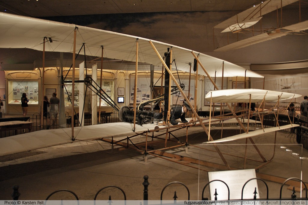 Wright Flyer I    National Air and Space Museum Washington, DC 2014-05-28 � Karsten Palt, ID 10190