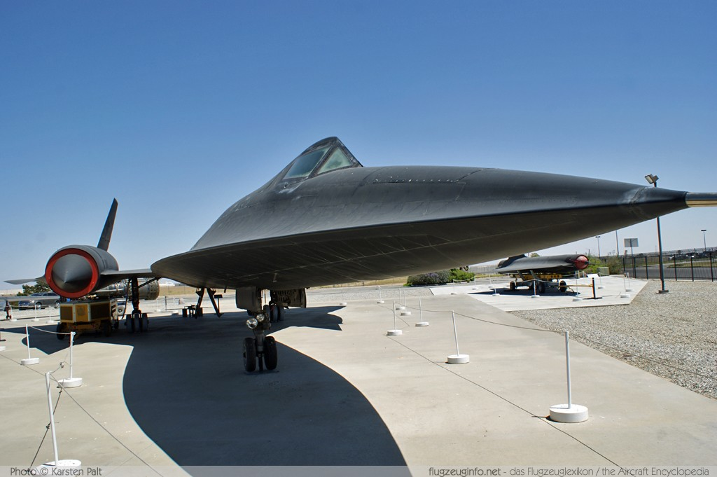 Lockheed A-12 Oxcart United States Air Force (USAF) 60-6924 121 Blackbird Airpark Palmdale, CA 2012-06-10 � Karsten Palt, ID 5808