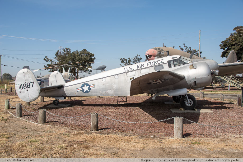 Beech C-45G Expeditor United States Air Force (USAF) 51-11897 AF-454 Castle Air Museum Atwater, CA 2016-10-10 � Karsten Palt, ID 13194