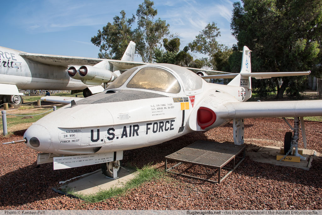 Cessna T-37B Tweety Bird United States Air Force (USAF) 56-3537 40109 Castle Air Museum Atwater, CA 2016-10-10 � Karsten Palt, ID 13209