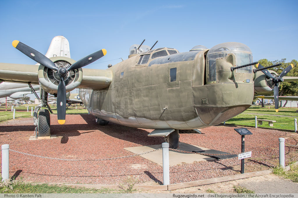 Consolidated B-24M Liberator United States Air Force (USAF) 44-41916 5852 Castle Air Museum Atwater, CA 2016-10-10 � Karsten Palt, ID 13212
