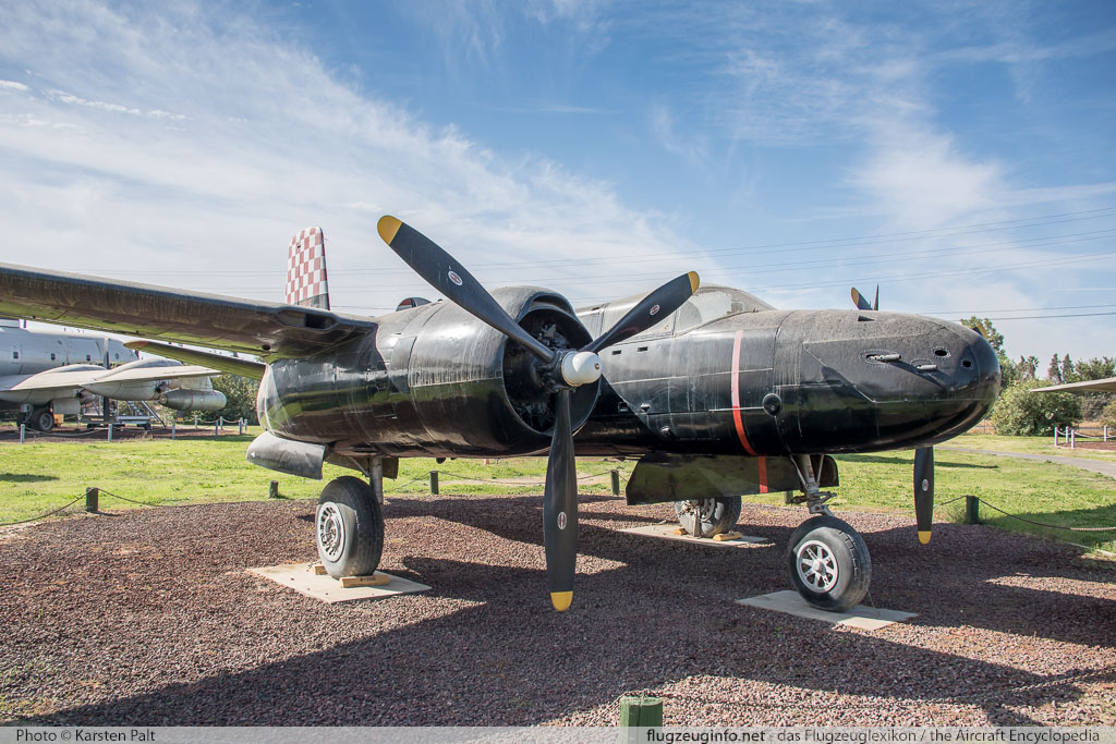 Douglas A-26B Invader United States Air Force (USAF) 41-39472 7185 Castle Air Museum Atwater, CA 2016-10-10 � Karsten Palt, ID 13221