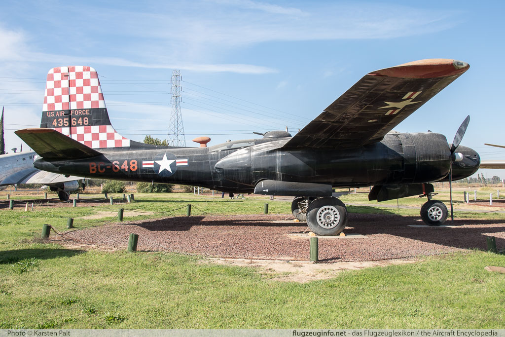 Douglas A-26B Invader United States Air Force (USAF) 41-39472 7185 Castle Air Museum Atwater, CA 2016-10-10 � Karsten Palt, ID 13222