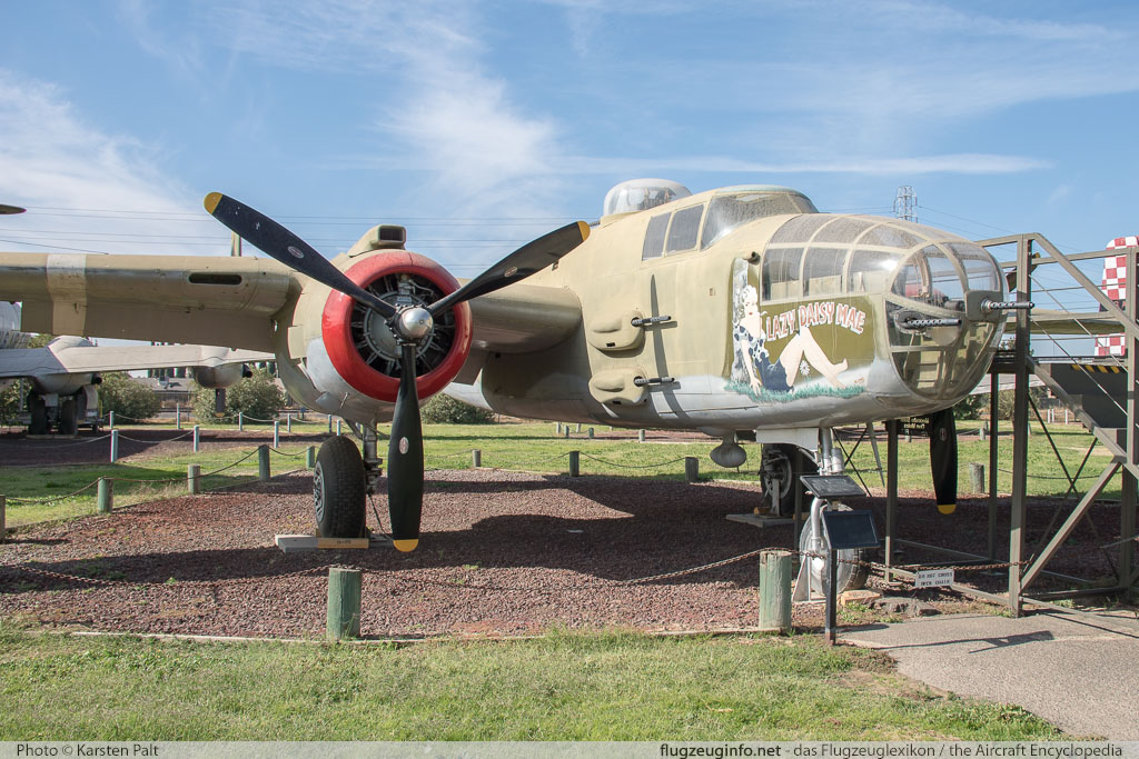North American B-25J Mitchell United States Army Air Forces (USAAF) 44-86891 108-47645 Castle Air Museum Atwater, CA 2016-10-10 � Karsten Palt, ID 13259