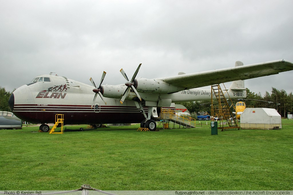 Armstrong Whitworth AW.650 Argosy 101 Elan Overnight Delivery System G-BEOZ 6660 East Midlands Airport Aeropark Castle Donington 2013-09-19 � Karsten Palt, ID 7657