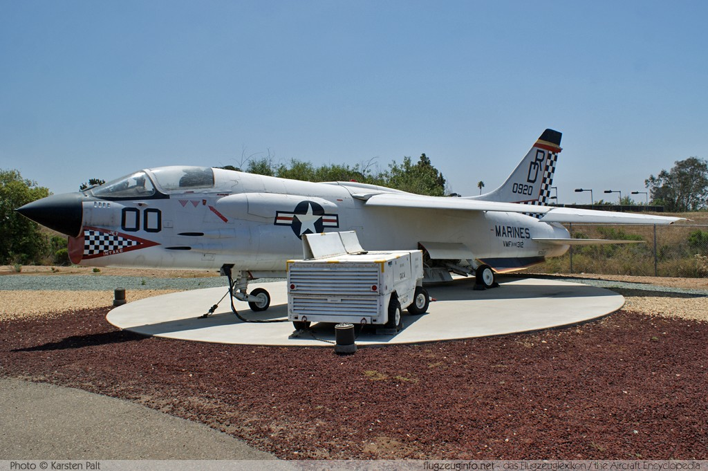 Chance-Vought F-8E Crusader United States Marine Corps (USMC) 150920 1205 Flying Leatherneck Aviation Museum San Diego, CA 2012-06-13 � Karsten Palt, ID 5897