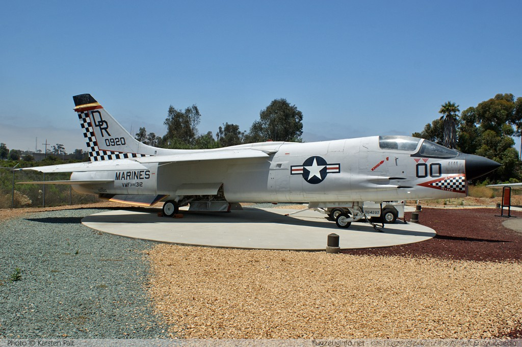 Chance-Vought F-8E Crusader United States Marine Corps (USMC) 150920 1205 Flying Leatherneck Aviation Museum San Diego, CA 2012-06-13 � Karsten Palt, ID 5898