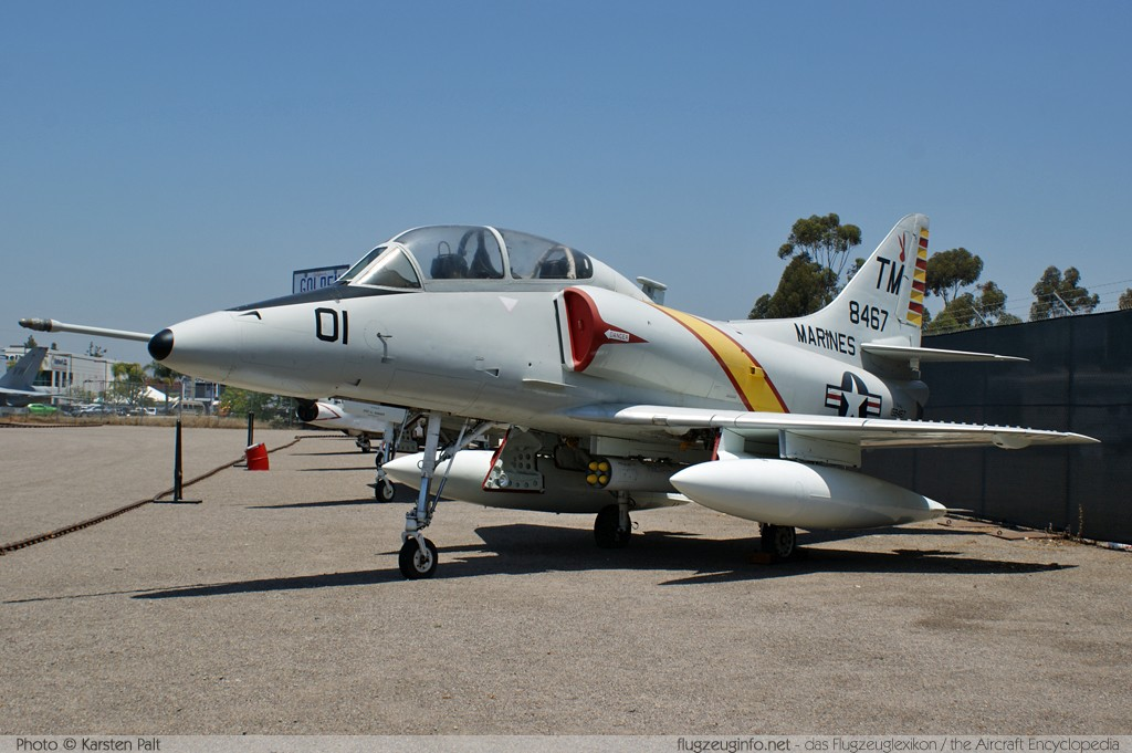 Douglas TA-4J Skyhawk United States Navy 158467 14272 Flying Leatherneck Aviation Museum San Diego, CA 2012-06-13 � Karsten Palt, ID 5920