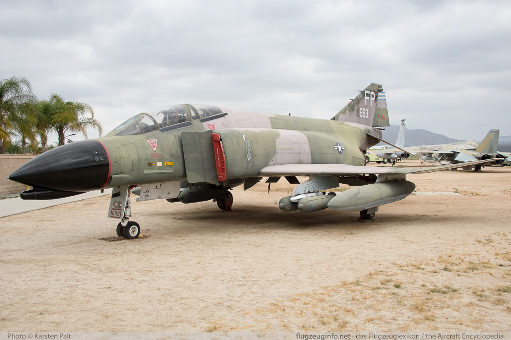 McDonnell F-4C Phantom II United States Air Force (USAF) 63-7693 828 March Field Air Museum Riverside, CA 2015-06-04 � Karsten Palt, ID 11321