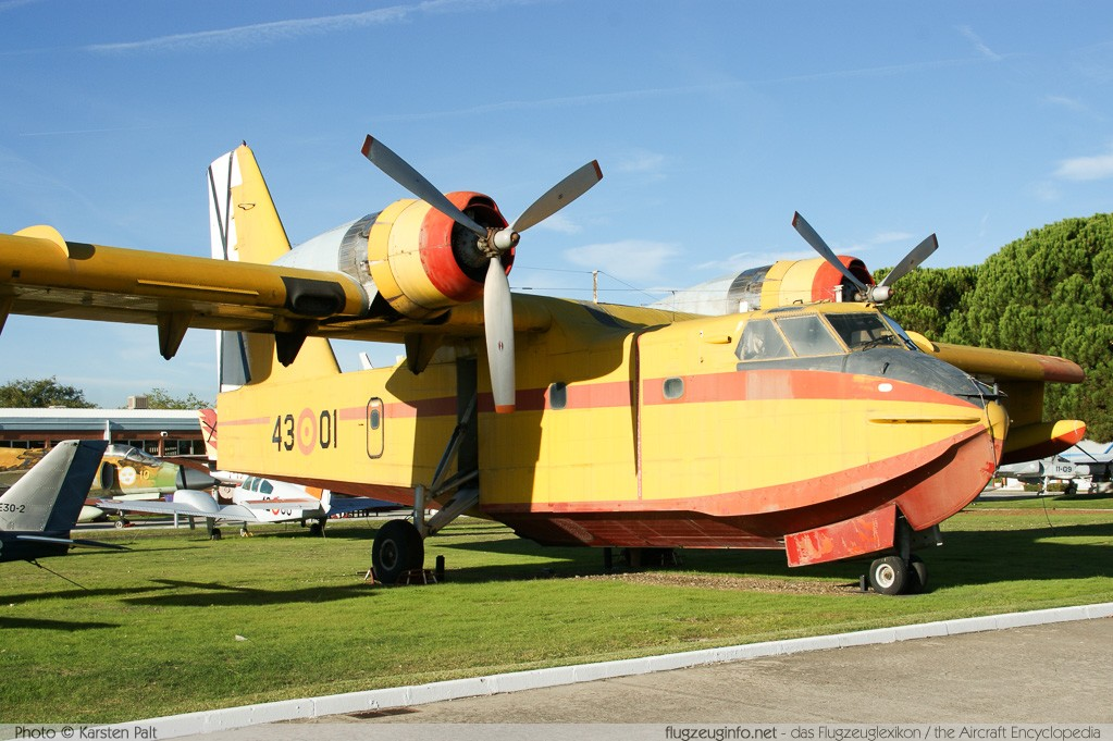 Canadair CL-215-I Spanish Air Force UD.13-1 1010 Museo del Aire Madrid 2014-10-23 � Karsten Palt, ID 10621