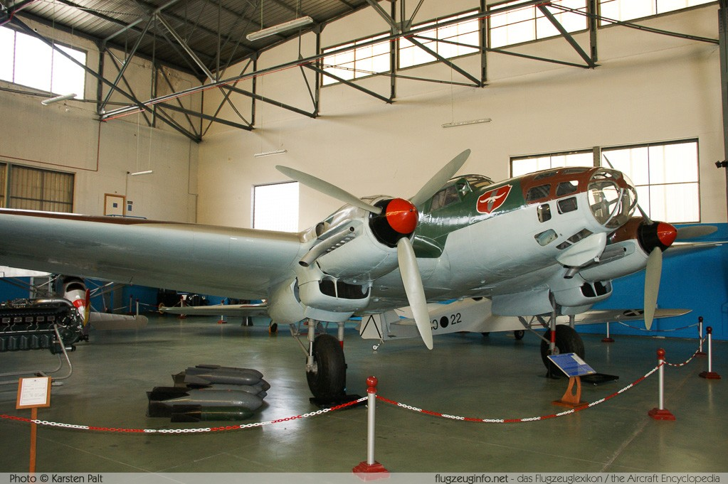 Heinkel He 111E-3 Spanish Air Force B.2-82 2940 Museo del Aire Madrid 2014-10-23 � Karsten Palt, ID 10681