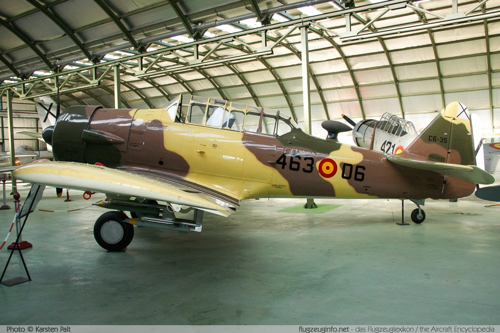 North American SNJ-4 Texan Spanish Air Force C.6-159 88-13578 Museo del Aire Madrid 2014-10-23 � Karsten Palt, ID 10721