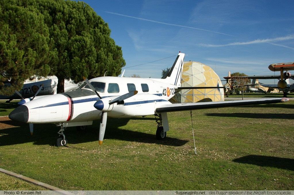 Piper PA-31P Spanish Air Force E.18-3 31P-7300146 Museo del Aire Madrid 2014-10-23 � Karsten Palt, ID 10729
