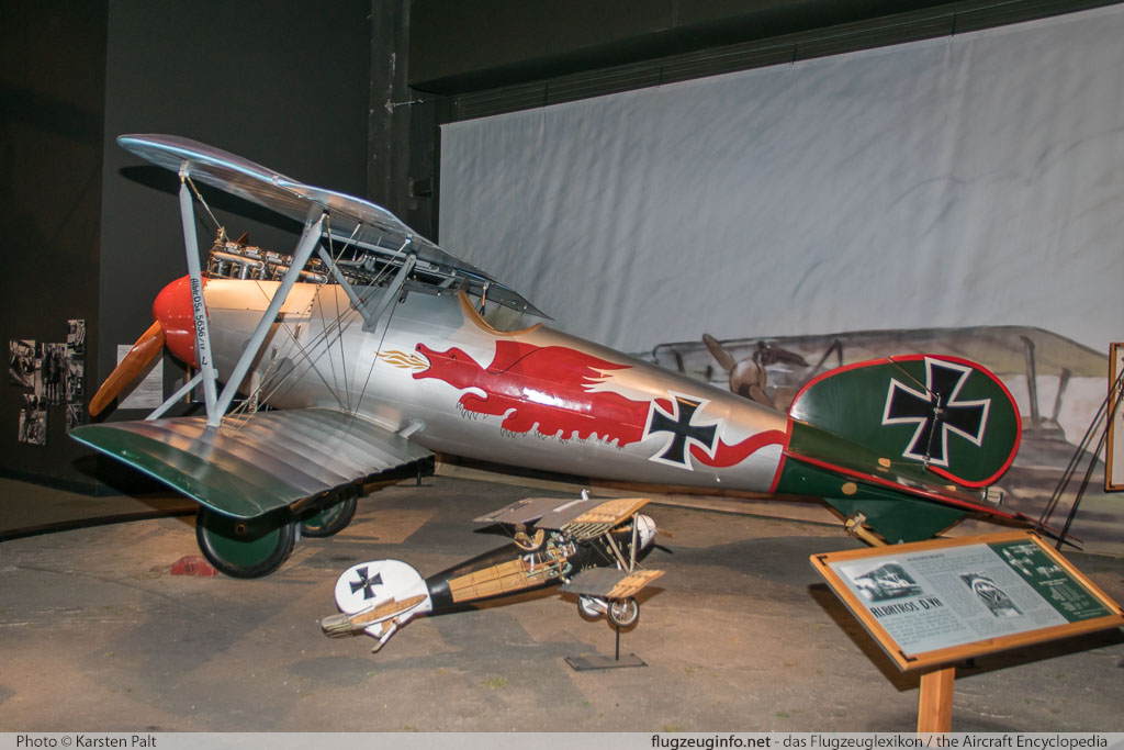 Albatros D.Va  NX636DV  Museum of Flight Seattle, WA 2016-04-12 � Karsten Palt, ID 12392
