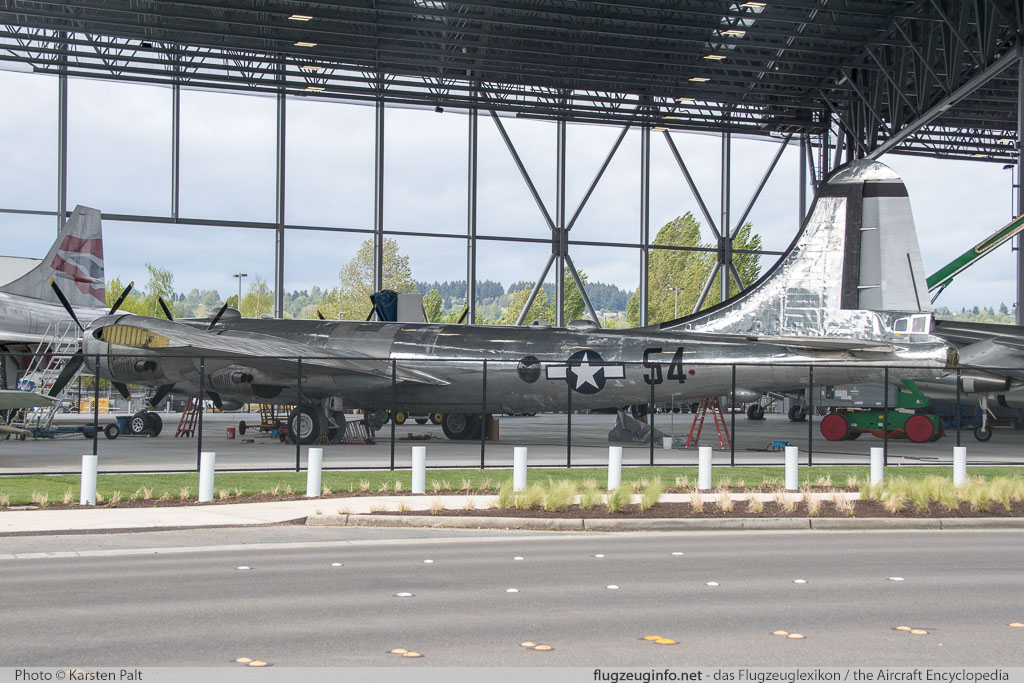 Boeing B-29A Superfortress United States Army Air Forces (USAAF) 44-69729  Museum of Flight Seattle, WA 2016-04-12 � Karsten Palt, ID 12410