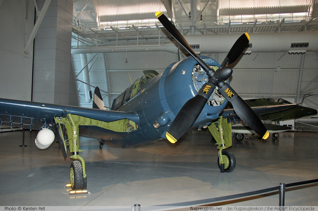 Curtiss SB2C-5 Helldiver United States Navy 83479  NASM Udvar Hazy Center Chantilly, VA 2014-05-28 � Karsten Palt, ID 10257