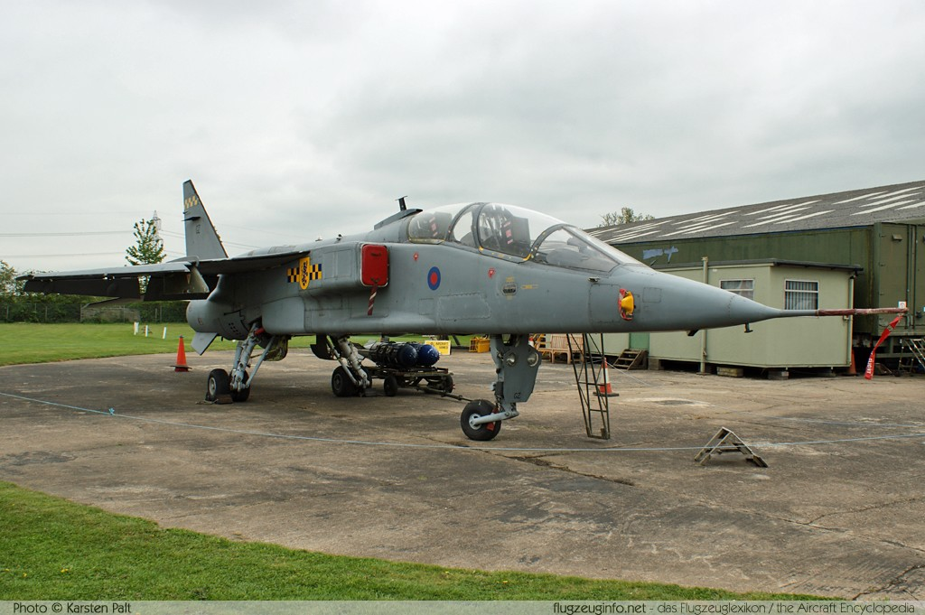 SEPECAT Jaguar T.4 Royal Air Force XX829 B17 Newark Air Museum Winthorpe, Newark 2013-05-18 � Karsten Palt, ID 6934