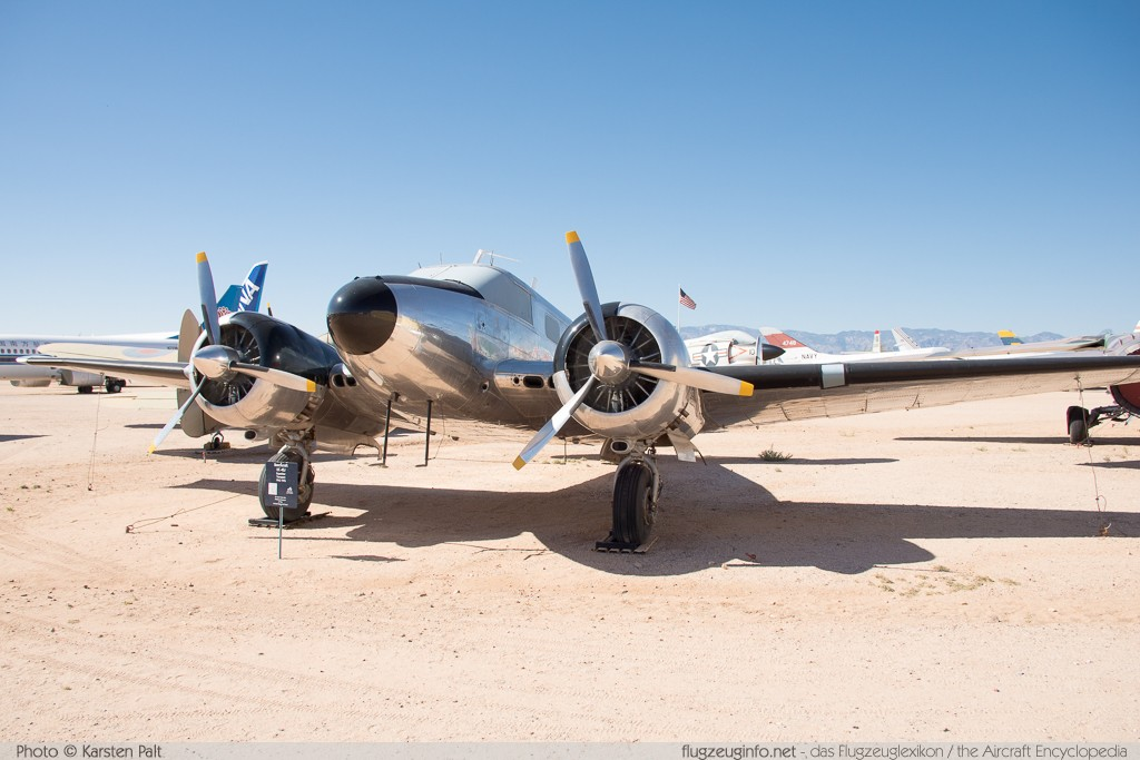 Beech UC-45J Expeditor United States Army 29646 N-1082 Pima Air and Space Museum Tucson, AZ 2015-06-03 � Karsten Palt, ID 10891
