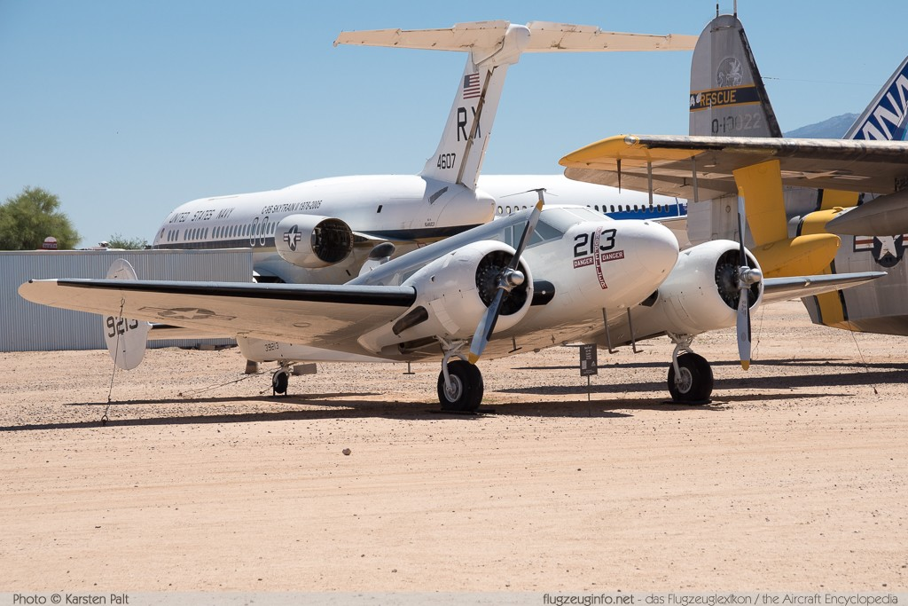 Beech UC-45J Expeditor United States Navy 39213 4297 Pima Air and Space Museum Tucson, AZ 2015-06-03 � Karsten Palt, ID 10893