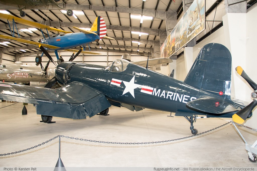 Chance-Vought F4U-4 Corsair United States Marine Corps (USMC) 97142 9296 Pima Air and Space Museum Tucson, AZ 2015-06-03 � Karsten Palt, ID 10950