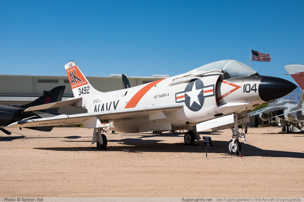 McDonnell F-3B Demon United States Navy 145221 370 Pima Air and Space Museum Tucson, AZ 2015-06-03 � Karsten Palt, ID 11124