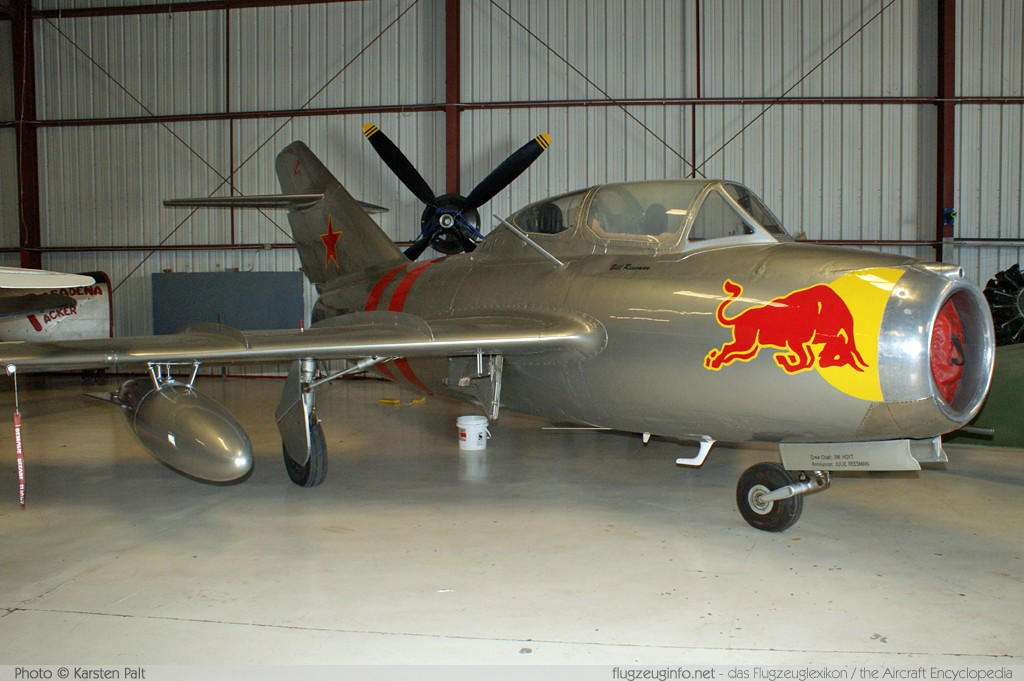 Mikoyan Gurevich MiG-15bis  NX687 1A02005 Planes of Fame Aircraft Museum Chino, CA 2012-06-12 � Karsten Palt, ID 6102